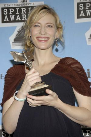 Cate Conquers At The Independent Spirit Awards